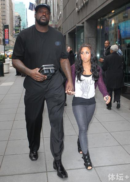 Shaquille+O+Neal+Shaquille+O+Neal+Girlfriend+zmm9_5DYtYVl.jpg