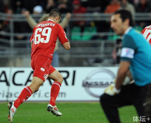 AS+Bari+v+Juventus+FC+Serie+A+-wN5GBGupUql.jpg