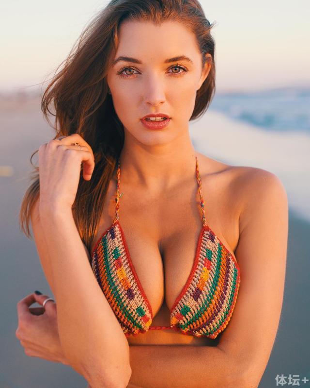 Alyssa Arce (25).jpg