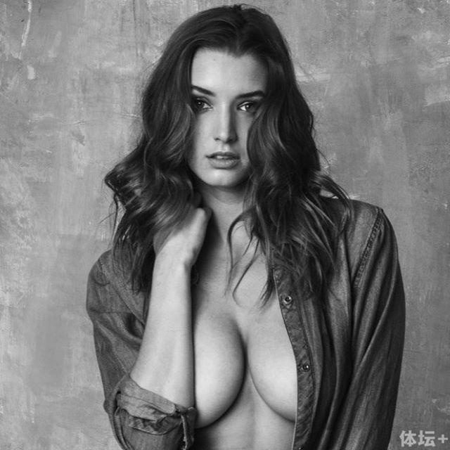 Alyssa Arce (4).jpg
