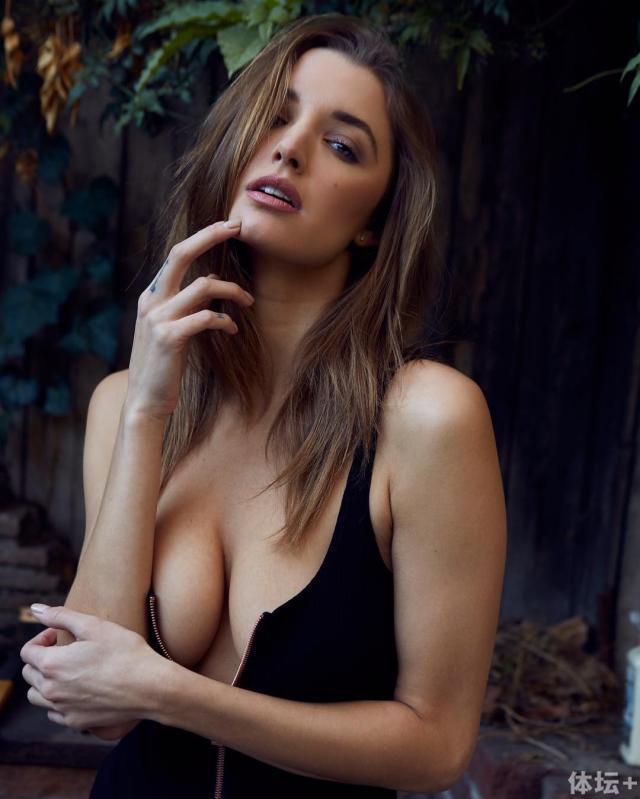 Alyssa Arce (32).jpg