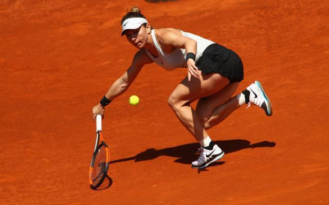 Simona+Halep+Mutua+Madrid+Open+Day+Two+WpX6PcT3mQgx.jpg