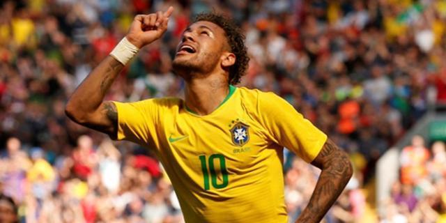perfekte-rueckkehr-neymar-feiert-sein-tor-gegen-kroatien-.jpg