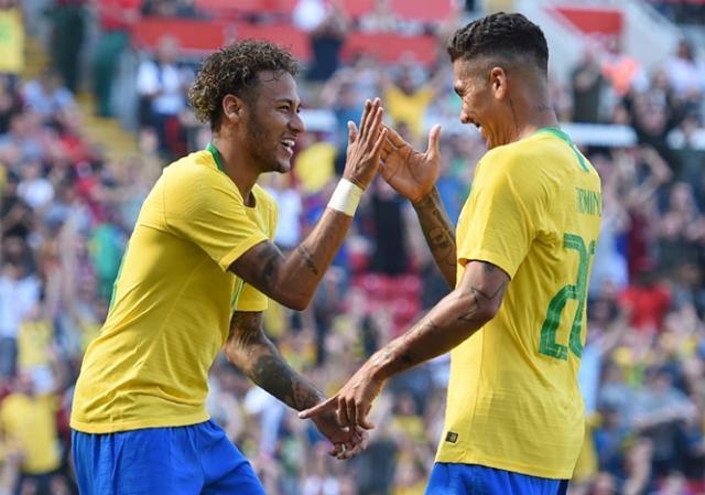 Brasil_Croacia_Neymar_celebra_amistoso_2018_Getty_2.jpg