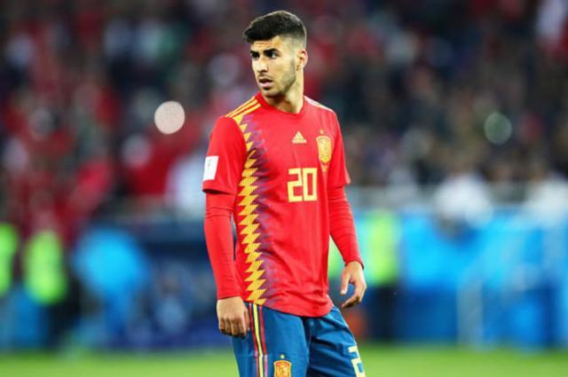 咨询这位西班牙中场的报价,因此现在并不存在阿森西奥离开皇马的情况.