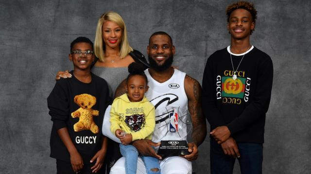 LeBron-James-LeBron-family.jpg