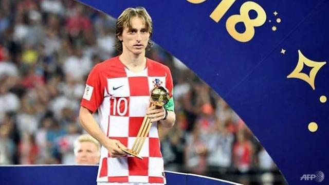 modric-says-golden-ball-bittersweet-after-defeat.jpg