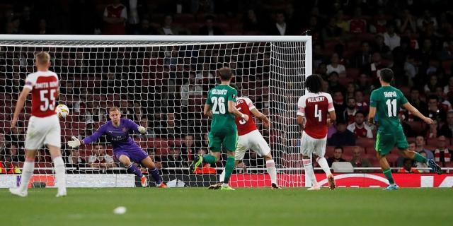 4436526-6190539-Vyacheslav_Sharpar_scores_Vorskla_s_second_goal_past_Arsenal_s_g-a-21_1537478493652.jpg