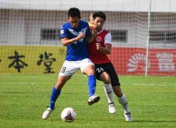 """中乙""""常规赛+季后赛""""各队须有3名本区域培养球员"""