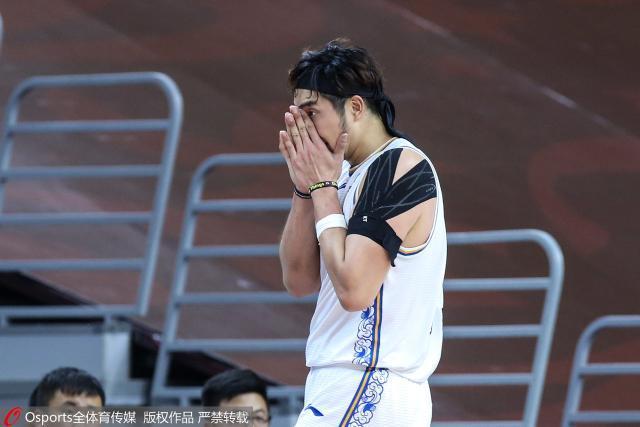 复赛三连败+外援伤退季后赛争夺战江苏已出局?