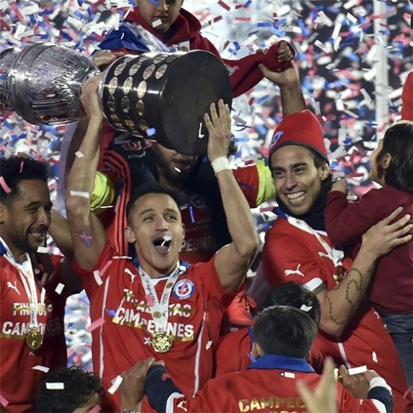 chile-campeon-copa-america-2015_副本.jpg