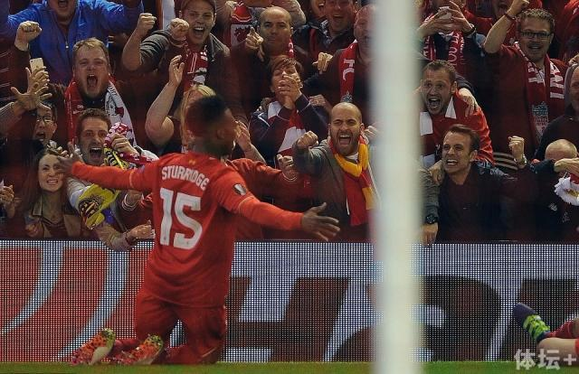 33E0996700000578-3575783-Sturridge_s_delight_was_clear_to_see_as_his_calm_finish_sparked_-a-2_1462482895815.jpg