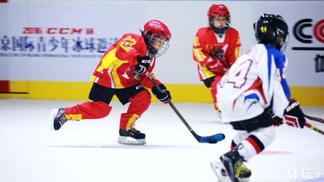 冰球比赛6.png