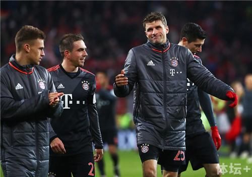 1+FSV+Mainz+05+v+Bayern+Muenchen+Bundesliga+GAcJvXhs-nMx_副本.jpg