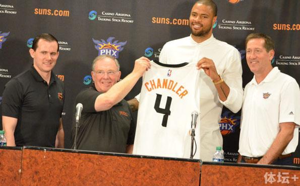Tyson-Chandler-and-Suns-management-e1436488208850.jpg