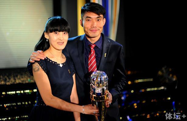 20131126_Zheng-Zhi_AFC-Player-of-the-Year_ByAFP_crop.jpg