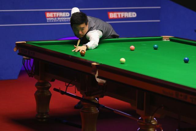 Ding+Junhui+World+Snooker+Championship+Day+hujg6JxZYYNx.jpg