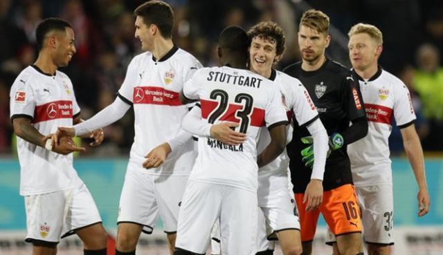 Stuttgart-puestos-europeos-Mario-Gomez_12056919.jpg