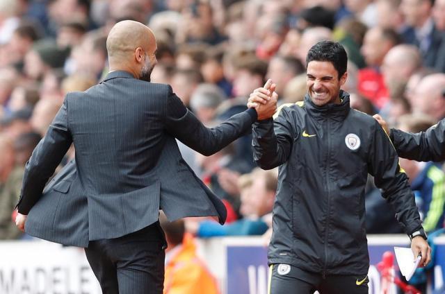 Pep_Guardiola_and_Mikel_Arteta_Manchester_City_副本.jpg