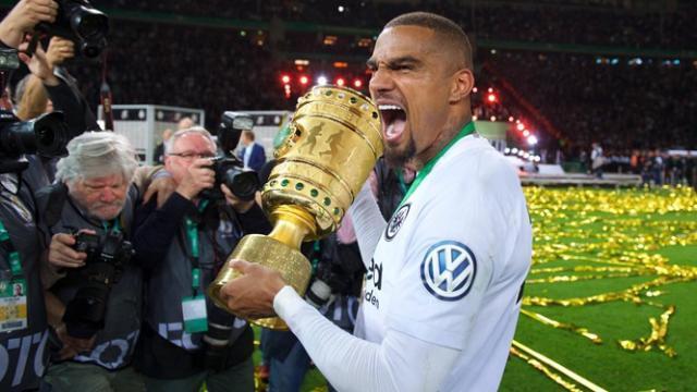 erste-grosser-titel-in-deutschland-kevin-prince-boateng-gewann-mit-eintracht-frankfurt-den-dfb-pokal-.jpg
