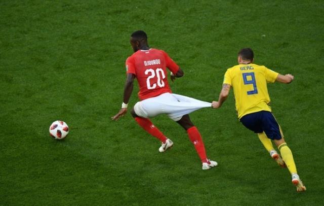 瑞士球裤.jpg