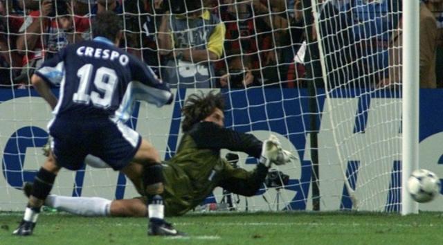门将皮克福德还是自1998年大卫·希曼以来,第一位在世界杯点球大战中扑出点球的英格兰门将。1.jpg