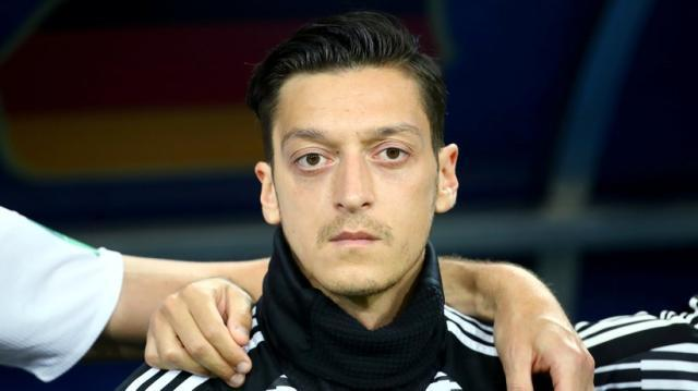 mesut-oezil-ruecktritt-deutsche-nationalelf.jpeg