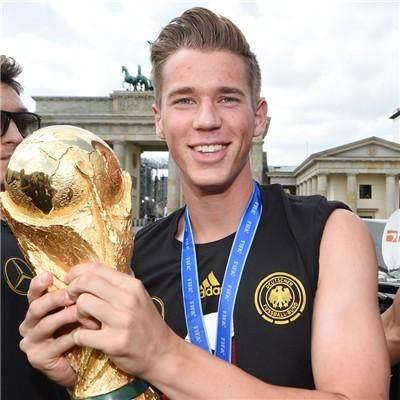 Germany+Victory+Celebration+MnyBGhBt2uqx_副本.jpg