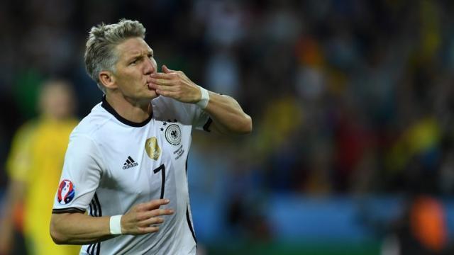 football-germany-bastian-schweinsteiger_3483024.jpg