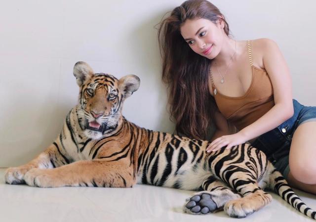 Ivana Alawi (31).jpg