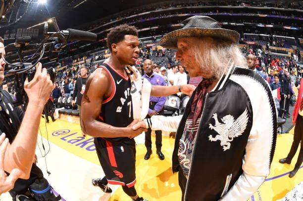 james-goldstein-exchanges-handshakes-with-kyle-lowry-of-the-toronto-picture-id1058289766.jpg