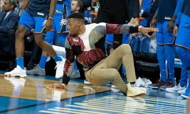 an-injured-russell-westbrook-of-the-oklahoma-city-thunder-reacts-the-picture-id1059405170.jpg