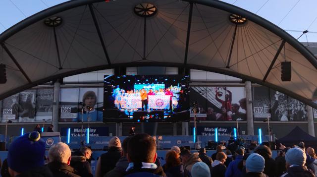 曼市德比观赛夜视频全球同步 登录曼城球迷广场.png