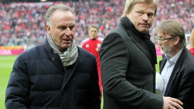1-Bundesliga-26-02-2012-FC-Bayern-Muenchen-FC-Schalke-04.jpg