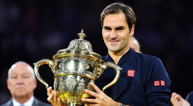 Roger-Federer-181028-G1050 .jpg