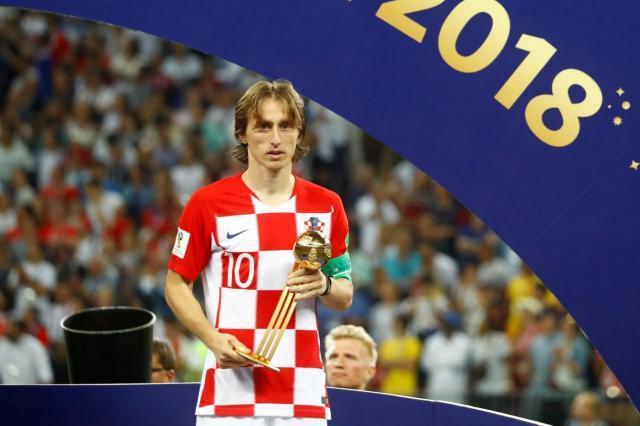 luka-modric-wins-golden-ball-at-world-cup-2018-is-he-now-the-ballon-dor-frontrunner.jpg