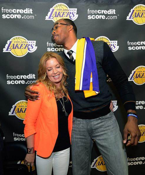 Los+Angeles+Lakers+Introduce+Dwight+Howard+8JLHtMVHaagl.jpg