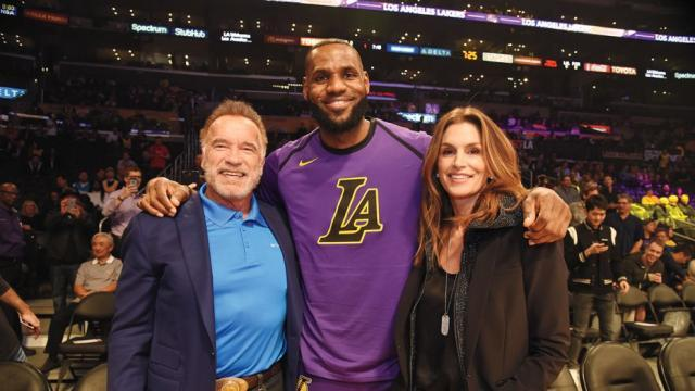 one_time_use_only-lakers_games-cindy_crawford_and_arnold_schwarzenegger_and_lebron_james-getty-h_2018.jpg