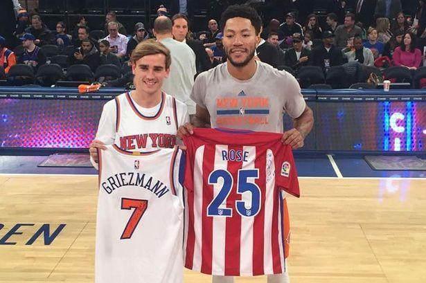 Antoine-Griezmann-and-New-York-Knicks-Derrick-Rose.jpg