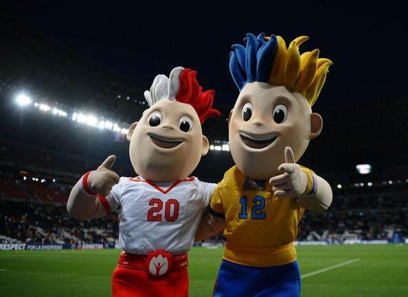 Slavko+Spain+v+France+UEFA+EURO+2012+Quarter+WZkWy8Pmvupl.jpg