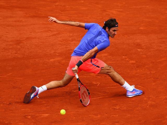 Roger-Federer-on-clay.jpg