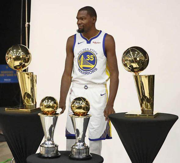 Kevin-Durant-has-been-heavily-linked-with-a-move-to-the-Lakers-1527954.jpg