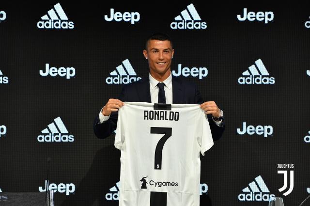 Ronaldo-signs-for-Juventus-July2018.jpg