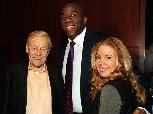 jerry-buss-magic-johnson-jeanie-buss.jpg