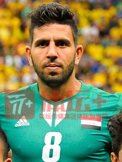 2012年阿联酋亚青赛上的最佳球员穆罕默德·阿卜杜尔-拉希姆改小了4岁后参赛_副本.jpg