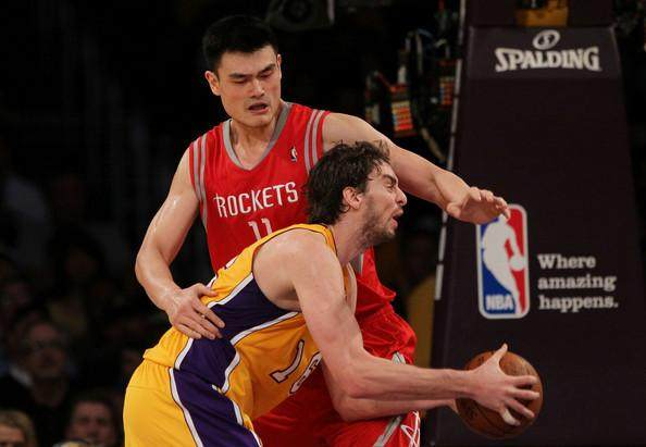 Yao+Ming+Pau+Gasol+Houston+Rockets+v+Los+Angeles+EWbwyCUcM6ul.jpg
