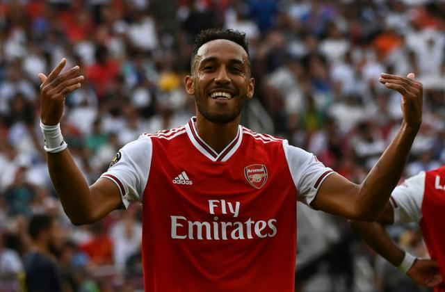 L-attaquant-Arsenal-Pierre-Emerick-Aubameyang-celebre-contre-Real-Madrid-23-juillet-2019-Landover-banlieue-Washington_1_729_479.jpg