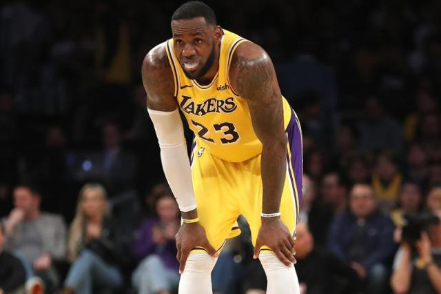 https-%2F%2Fhypebeast.com%2Fimage%2F2019%2F03%2Flebron-james-out-for-rest-of-season-due-to-injury-001.jpg