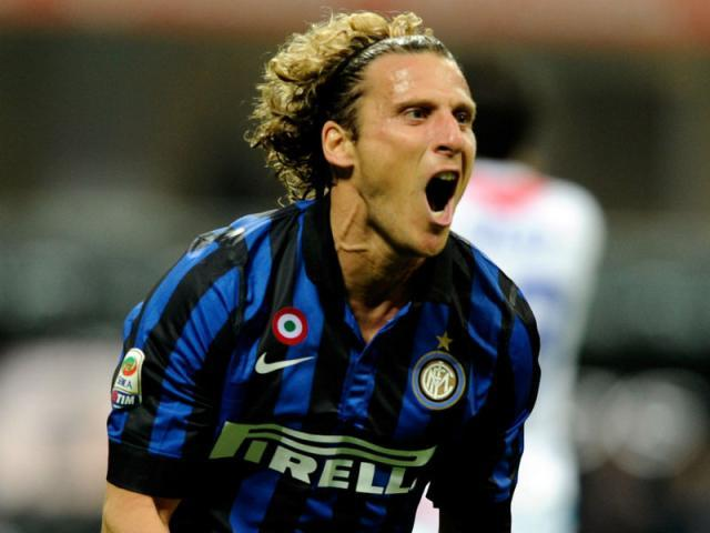 Diego-Forlan-Inter-Milan-vs-Catania_2792447.jpg