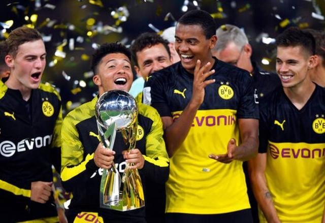 Germany_Soccer_Supercup_94161.jpg